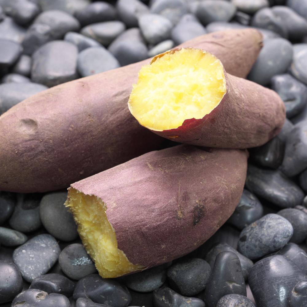 Yakiimo (Roasted sweet potato)